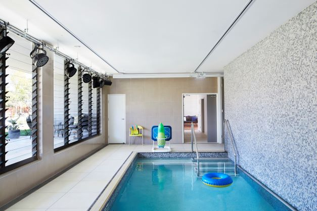Hydrotherapy pool at Hummingbird House